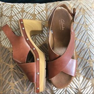Clark's Saddle Brown Leather Sandals